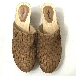 Free People Woman's Adelaide Leather Wooden Clogs